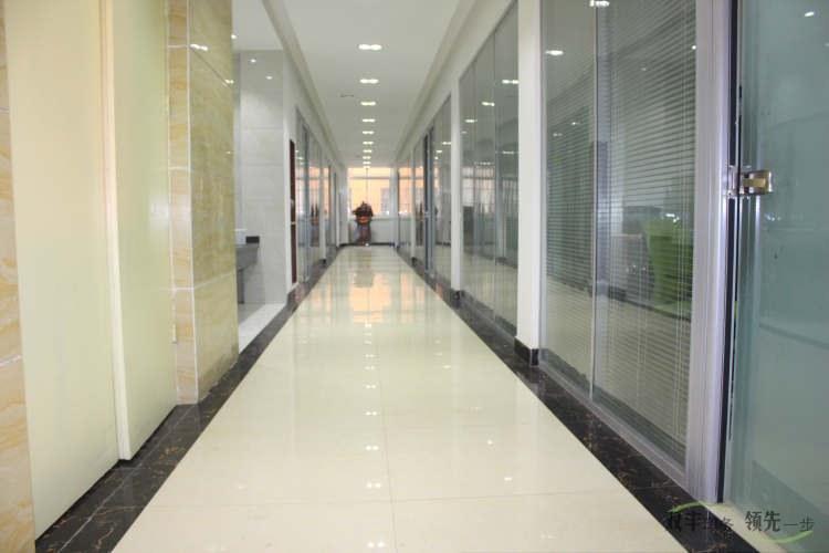 手提袋12博备用网站厂12博12bet官网12博体育网站办公楼干净的走廊